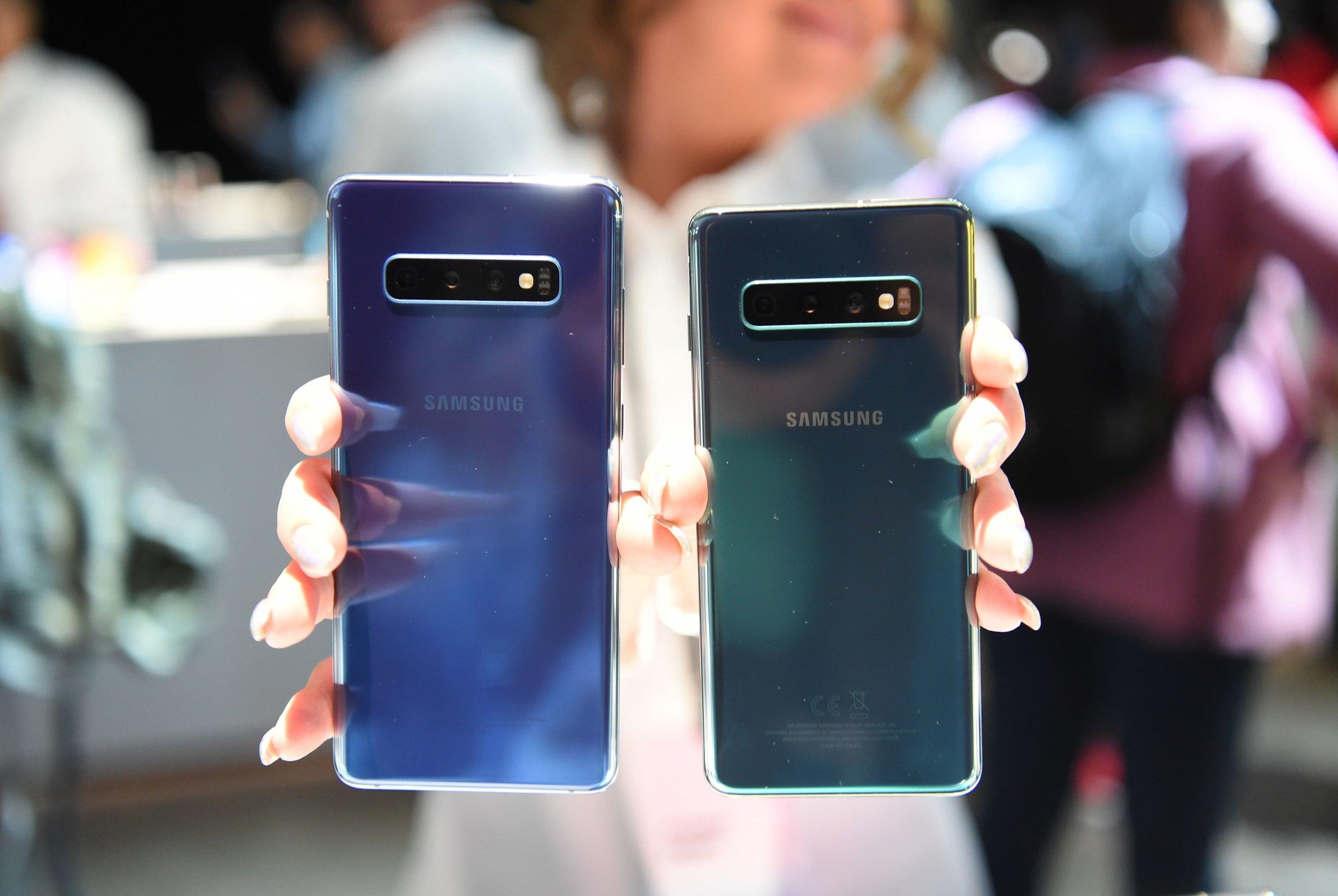 Los teléfonos Samsung se pueden desbloquear con cualquier huella digital